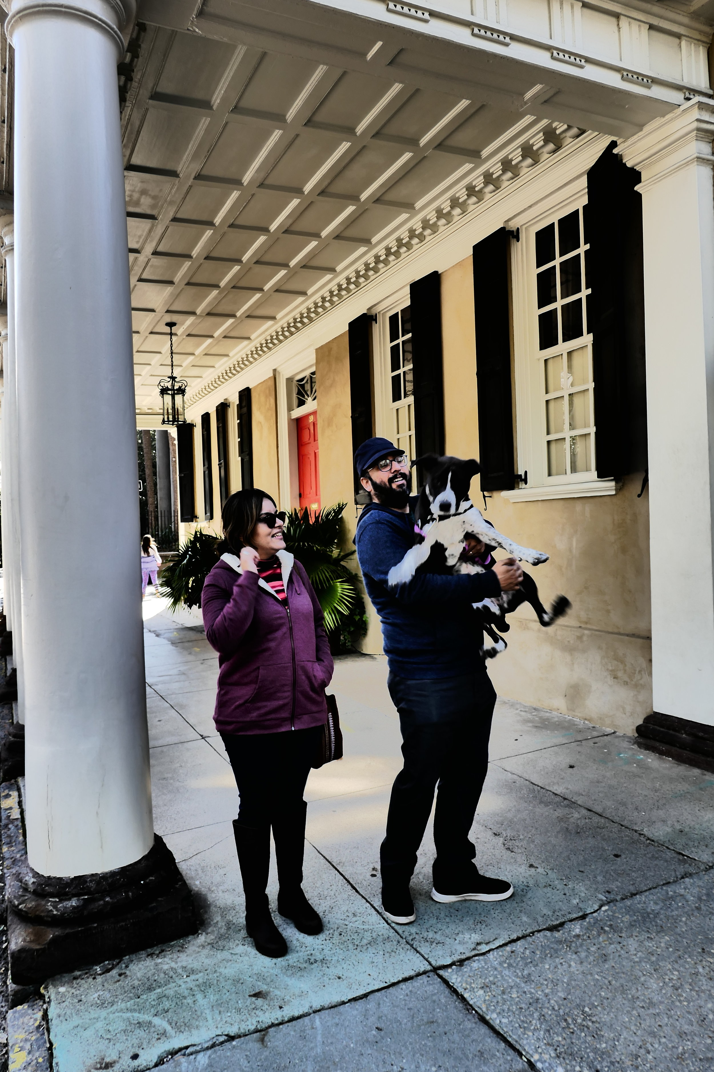 Tourists plus Dog, Meeting Street, Charleston SC