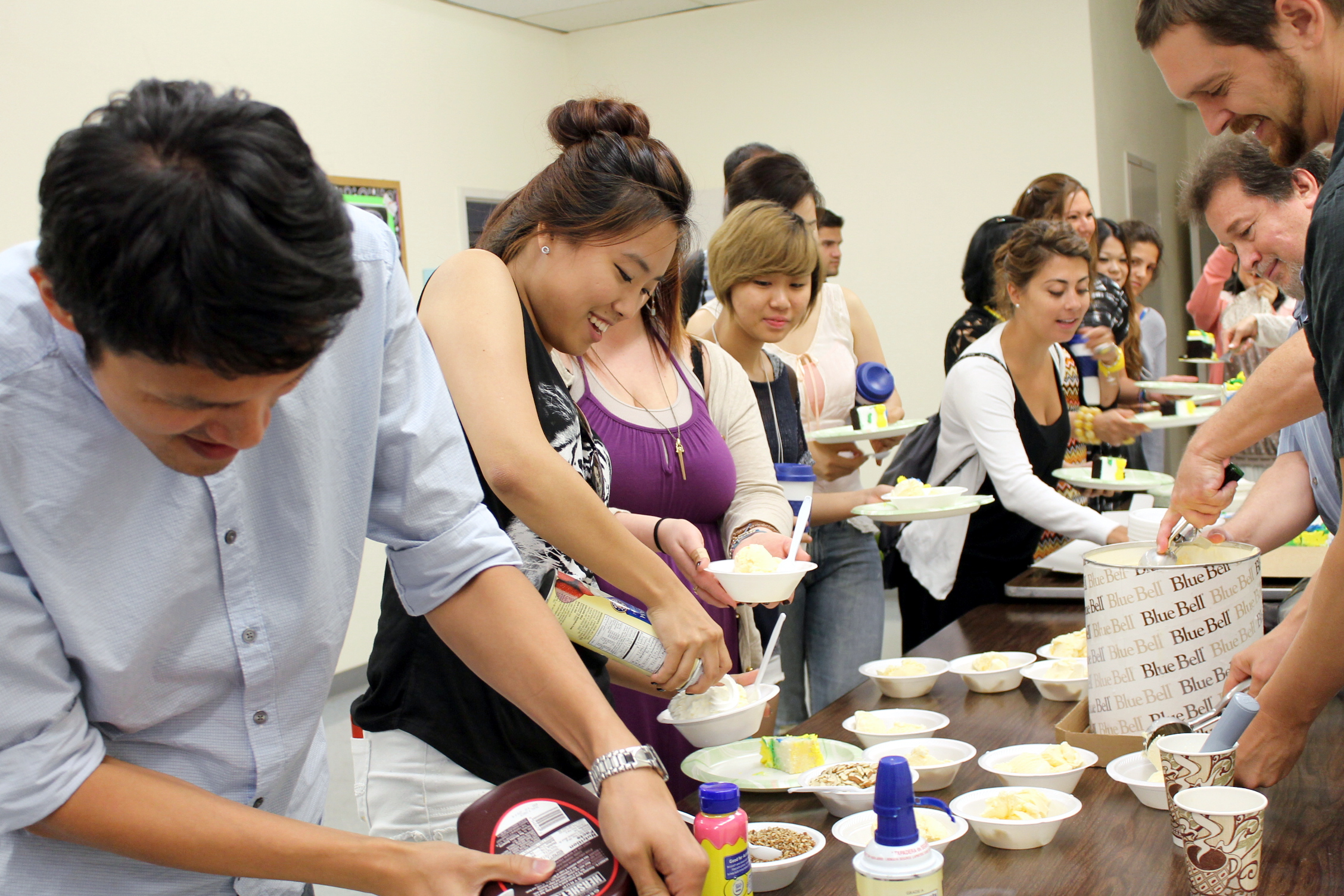 Photo of International students eating ice cream at TIEC event