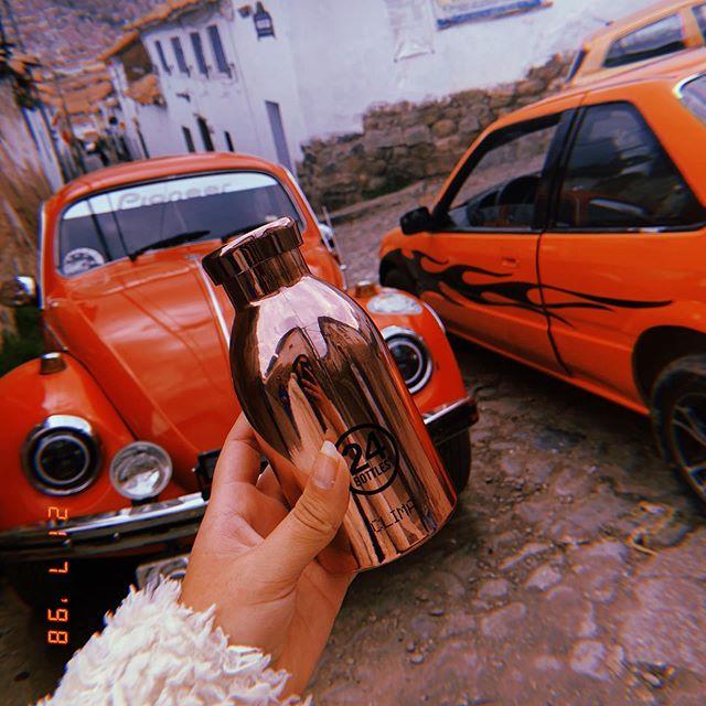 Baby clima rose gold meets San Blas Cusco 🇵🇪 #UnMesDeAgua #NoMasPlastico #EstiloDeVida #recargatubotella #LocalesSaludables #ProtegiendoNuestroAmbiente #Cuidaelagua #YoCuidoElAgua