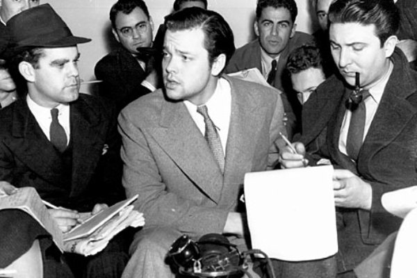 mercury theater on the air - orson welles 4.jpg