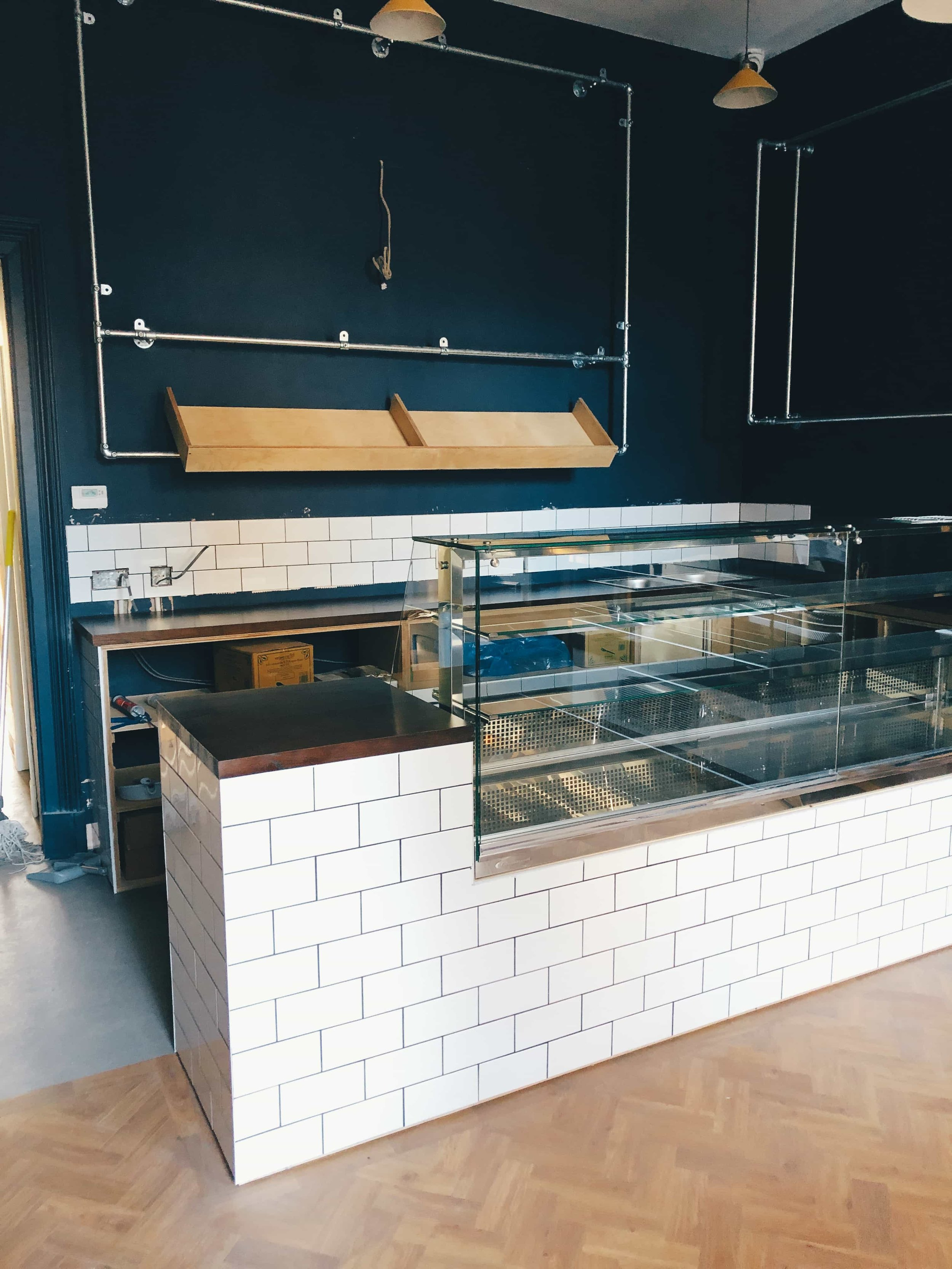 Tayble Deli Dundee Counter Unit and Bespoke Chalkboard and Bread Shelf