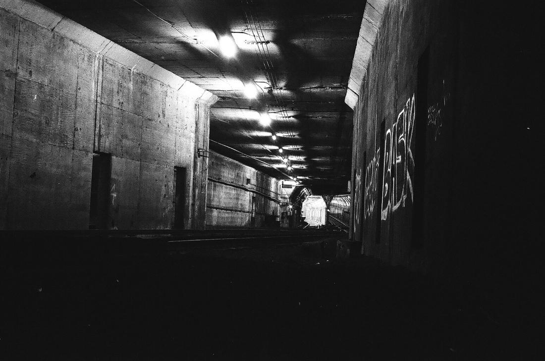 train_tracks_urbex_photo_02.jpg