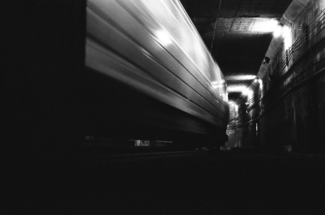train_tracks_urbex_photo_01.jpg