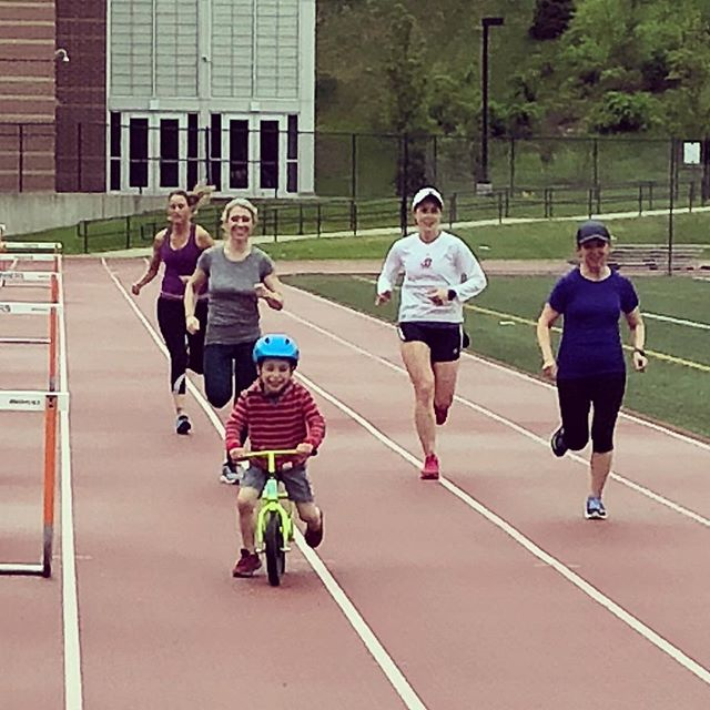 Drills, strides and a rogue on a balance bike. #warmupbomb #fitmamasnewton