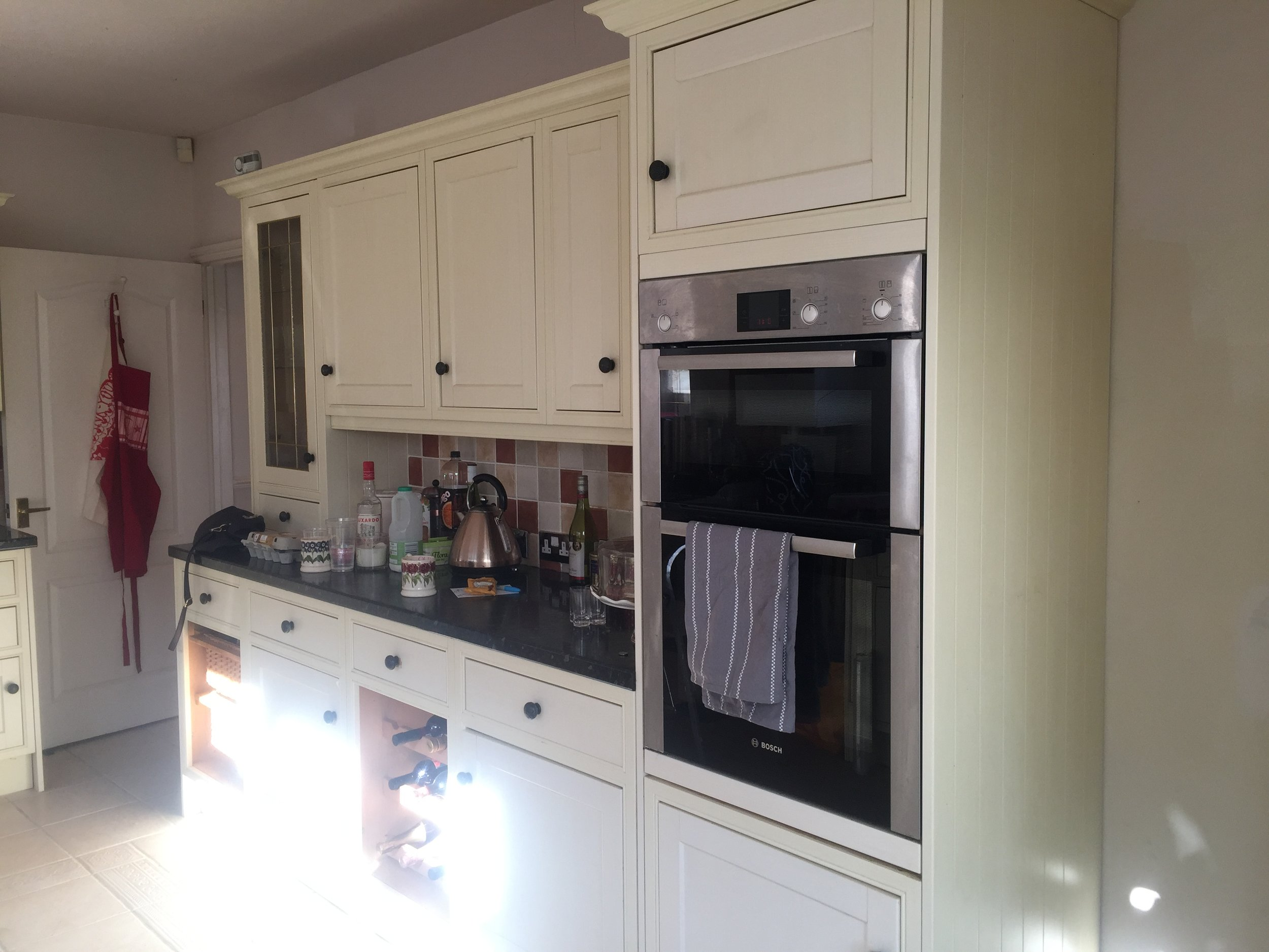 Before & After - Handpainted Kitchen with Fusion Mineral Paint
