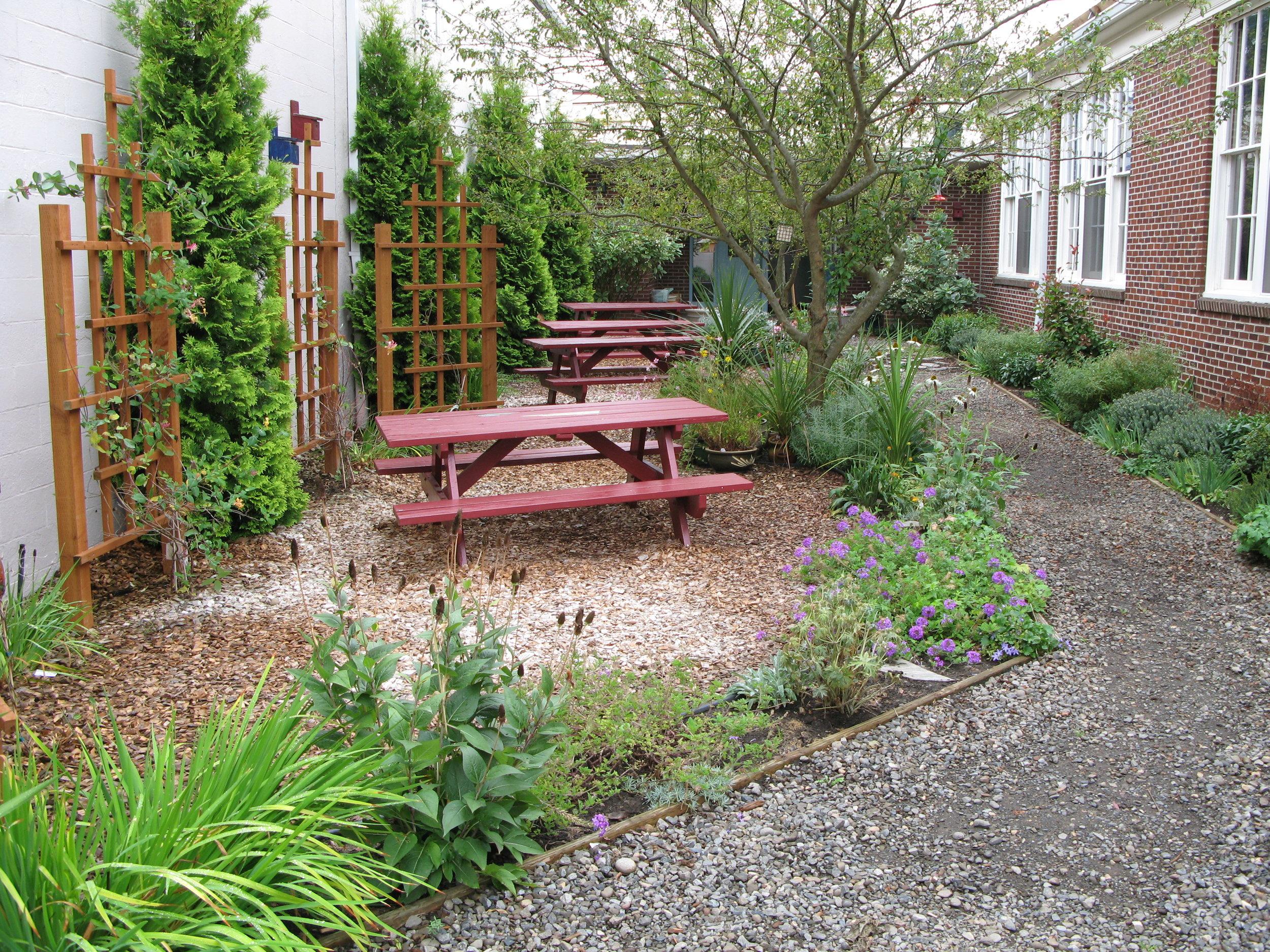 GardenCourtyard_IMG_0196.JPG