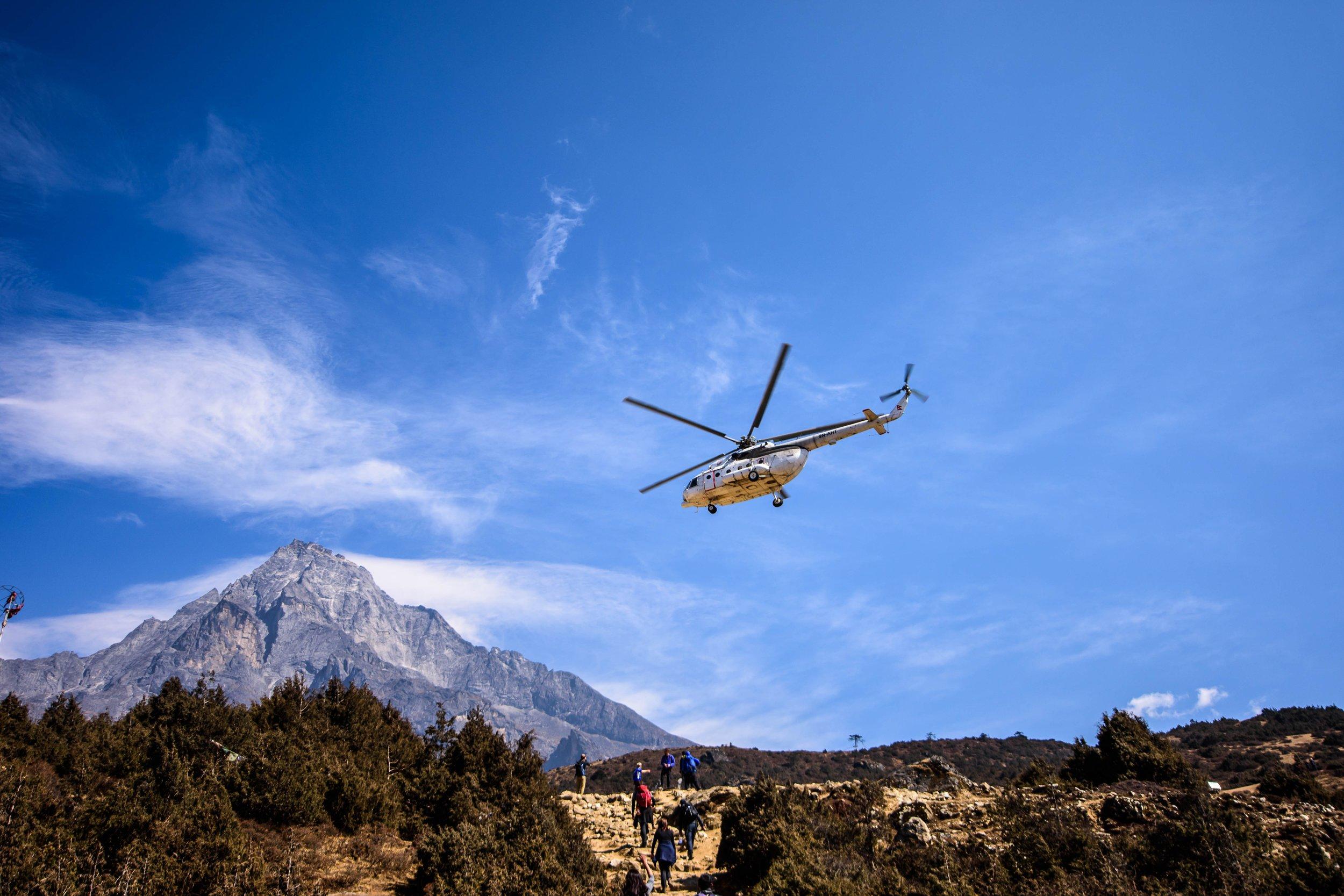 Mount Everest Heli.jpg