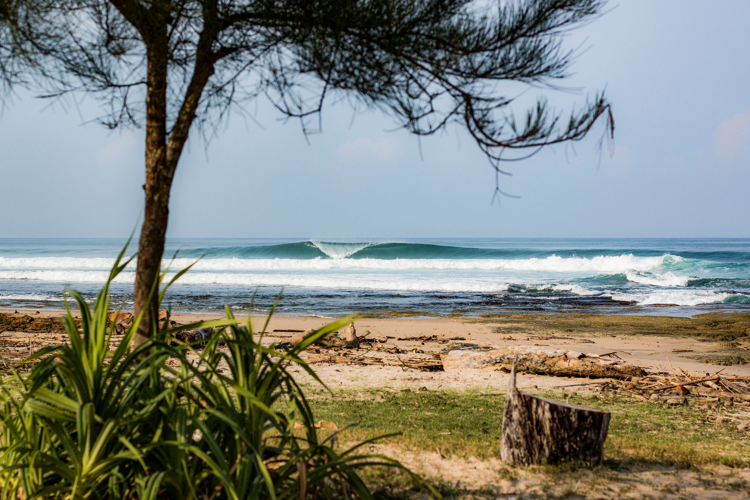 Simeulue - Aura Surf Resort -