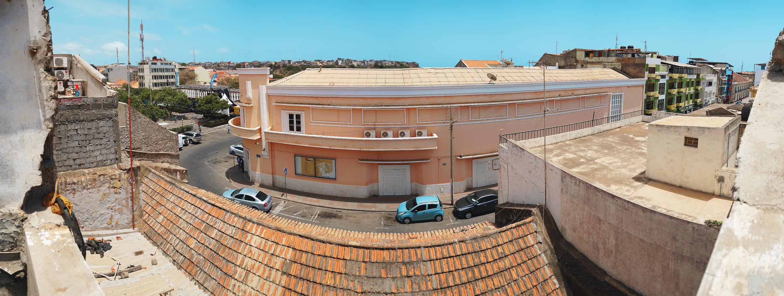 Praia_Maria_Panorama_Roof_05_20190412 (0;00;00;04)_Lres.png