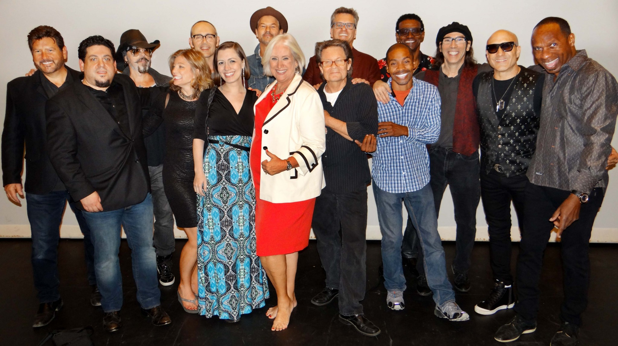 Sharon Jimenez embraces a network of celebrities, producers and visionaries after a successful Bring Hollywood Home Network Celebration concert. Front row: Rob Stone, Michele Winick, Whitney Avalon, Sharon Jimenez, Scott Page, Willis Turner. Back row John Burk, Christopher Ameruoso, Gregory Douglas, Austin Hanks, Chad Hollister, Cal Bennett, Martin Guigui, Kenny Aronoff, Mike Merrit (Photo by Tracy Saunders/October 7, 2016)