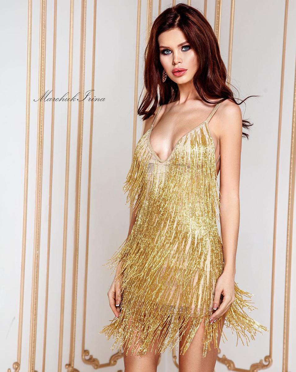 IrinaMarchuk_GoldenDress_SS19