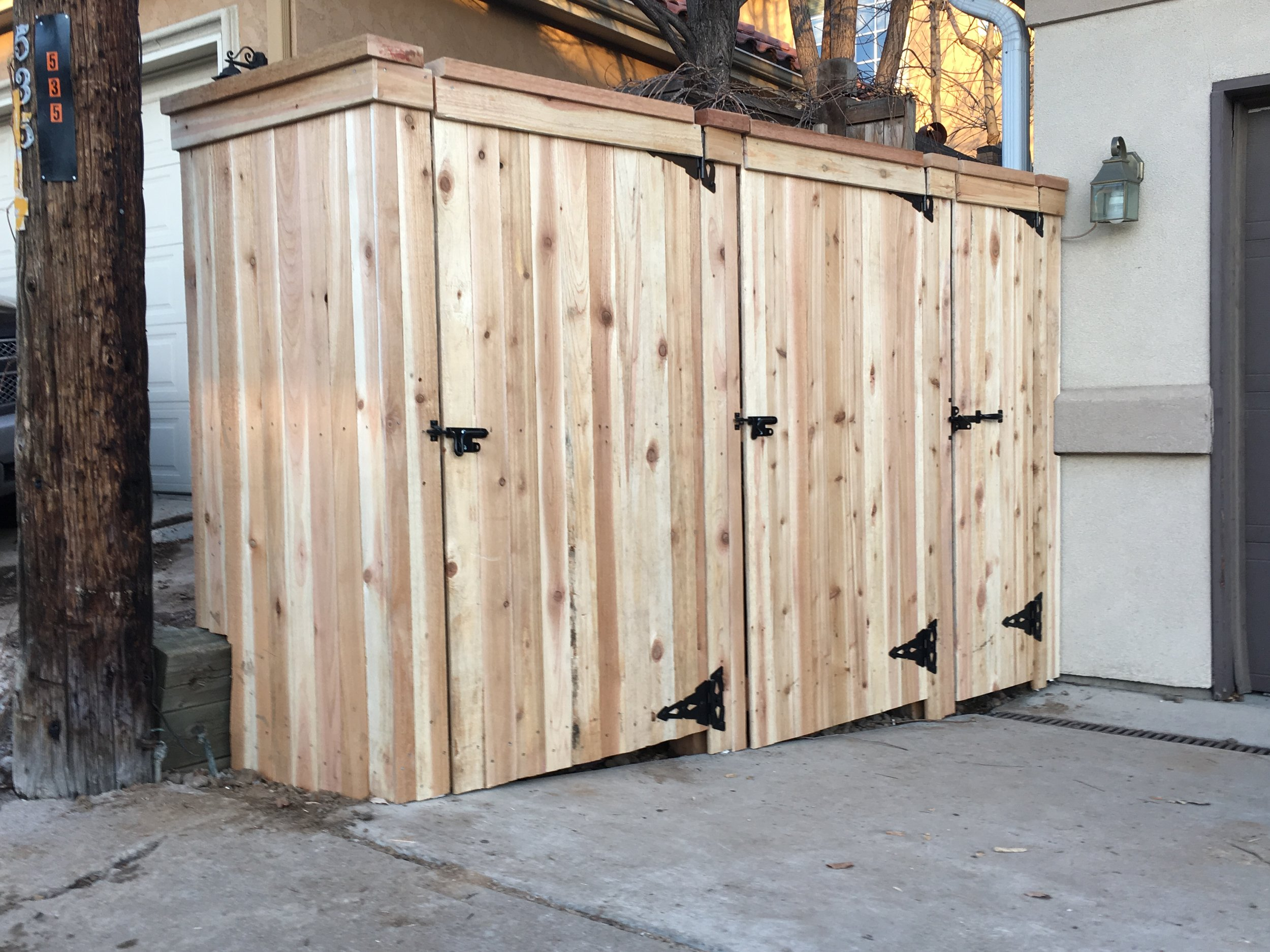 Residential trash enclosure