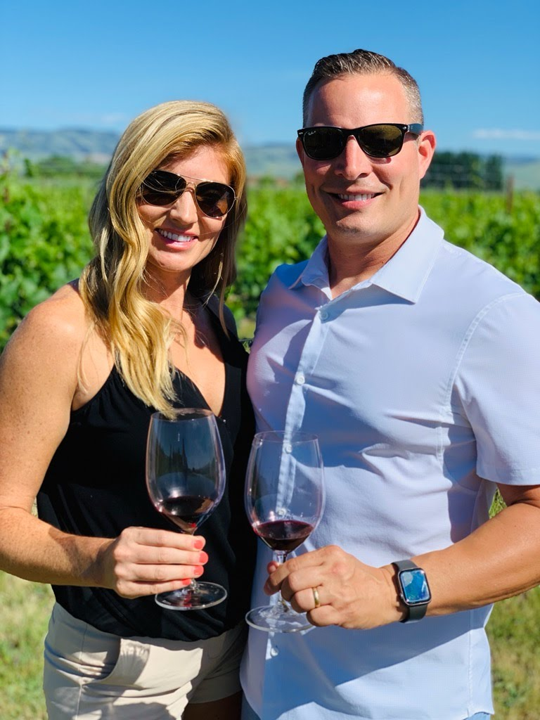 Couple on wine tour in Walla Walla