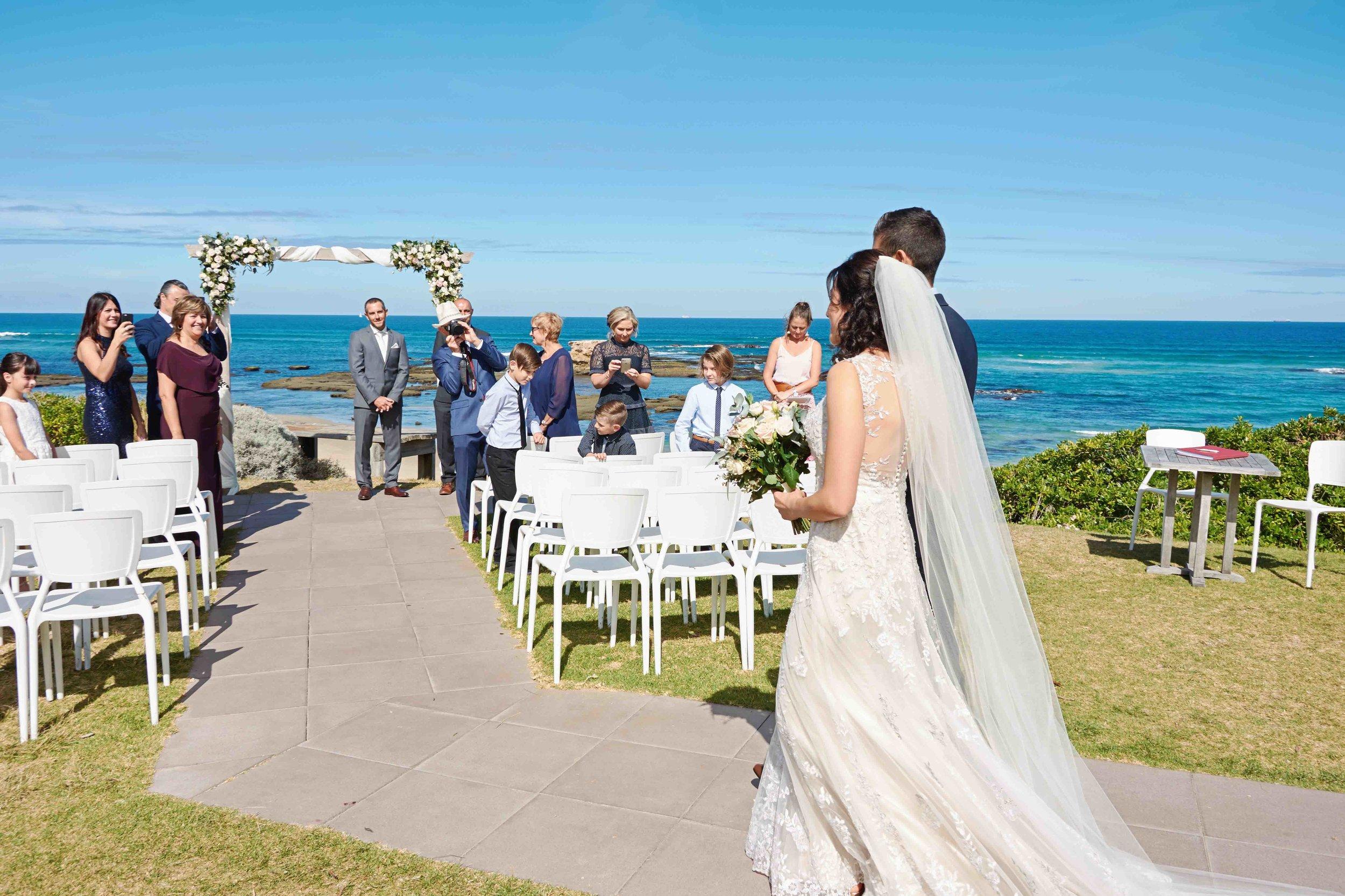sorrento-wedding-photography-all-smiles-marissa-jade-photography-39.jpg