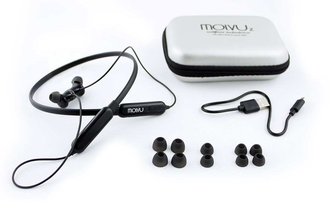 Tus MolvuZ incluyen:  1 estuche rígido para que los lleves siempre protegidos, un cable USB-MicroUSB para carga, 6 partes de almohadillas para tus oídos de tamaño pequeño, mediano y grande, manuales y los audífonos MolvuZ