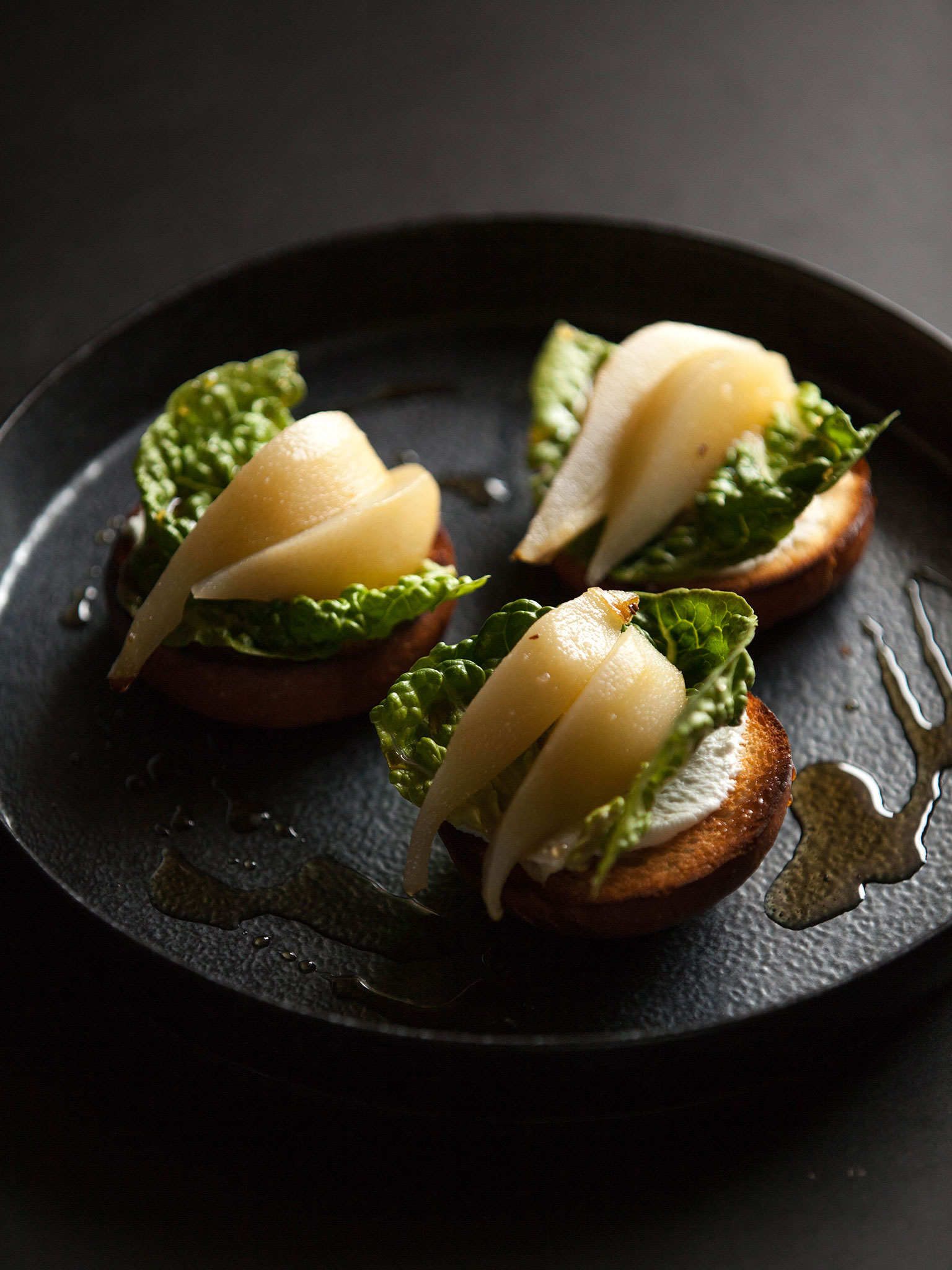 2-084-Sweet-Pear-Sliders-web.jpg