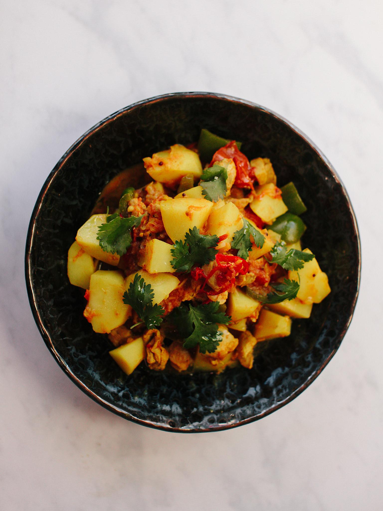 3-139-Chicken-Curry-001-web.jpg