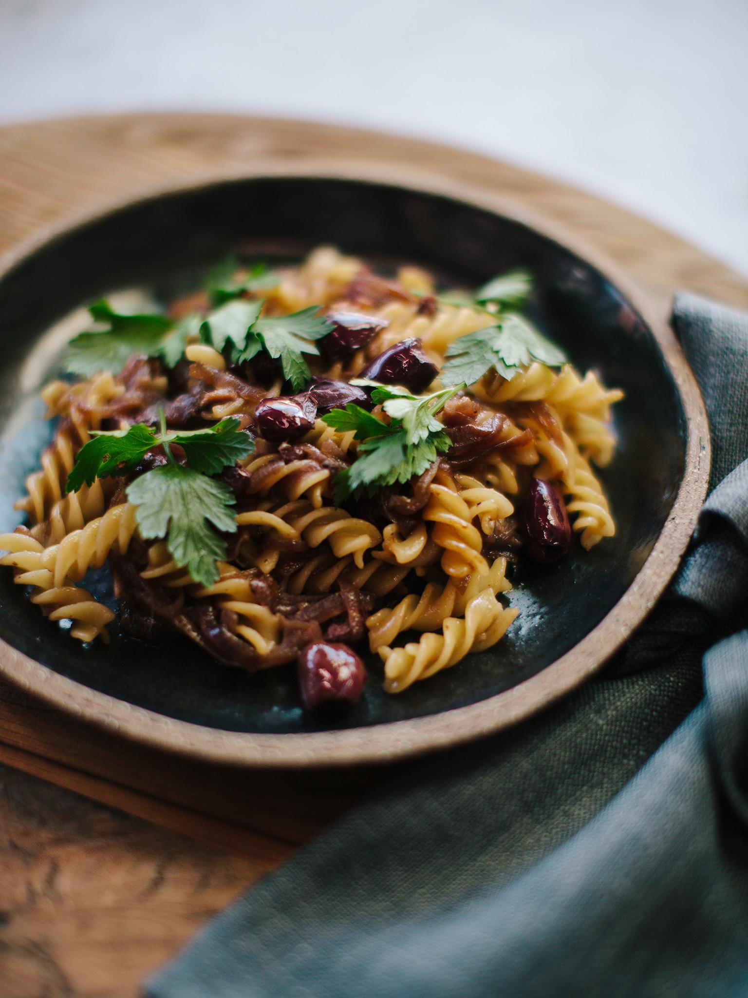 3-137-Caramelised-Onion-Pasta-005-web.jpg