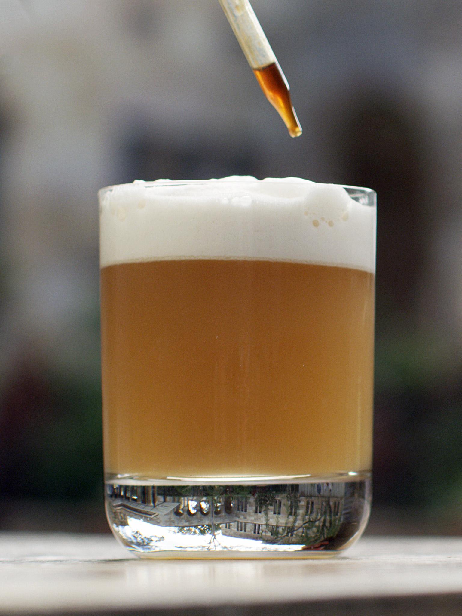 3-203-Whisky-Sour-cap-web.jpg