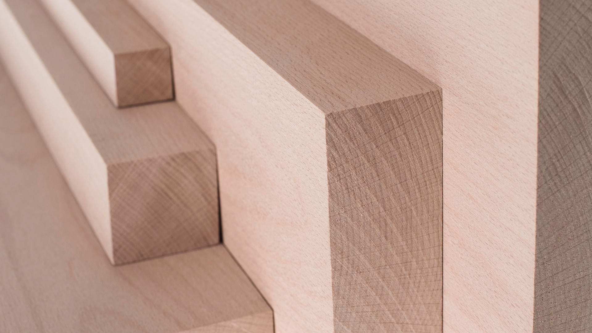 objets en bois minimalistes -