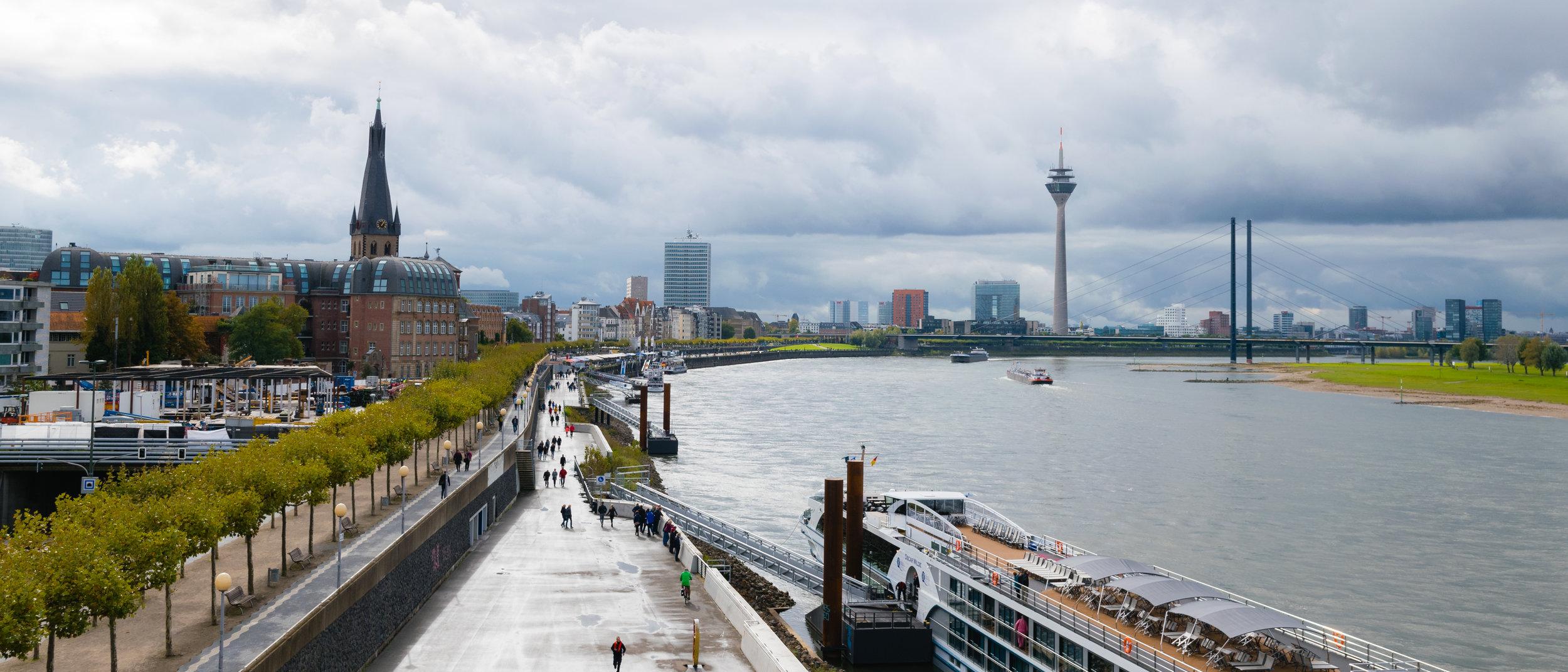 Düsseldorf_Panorama.jpg