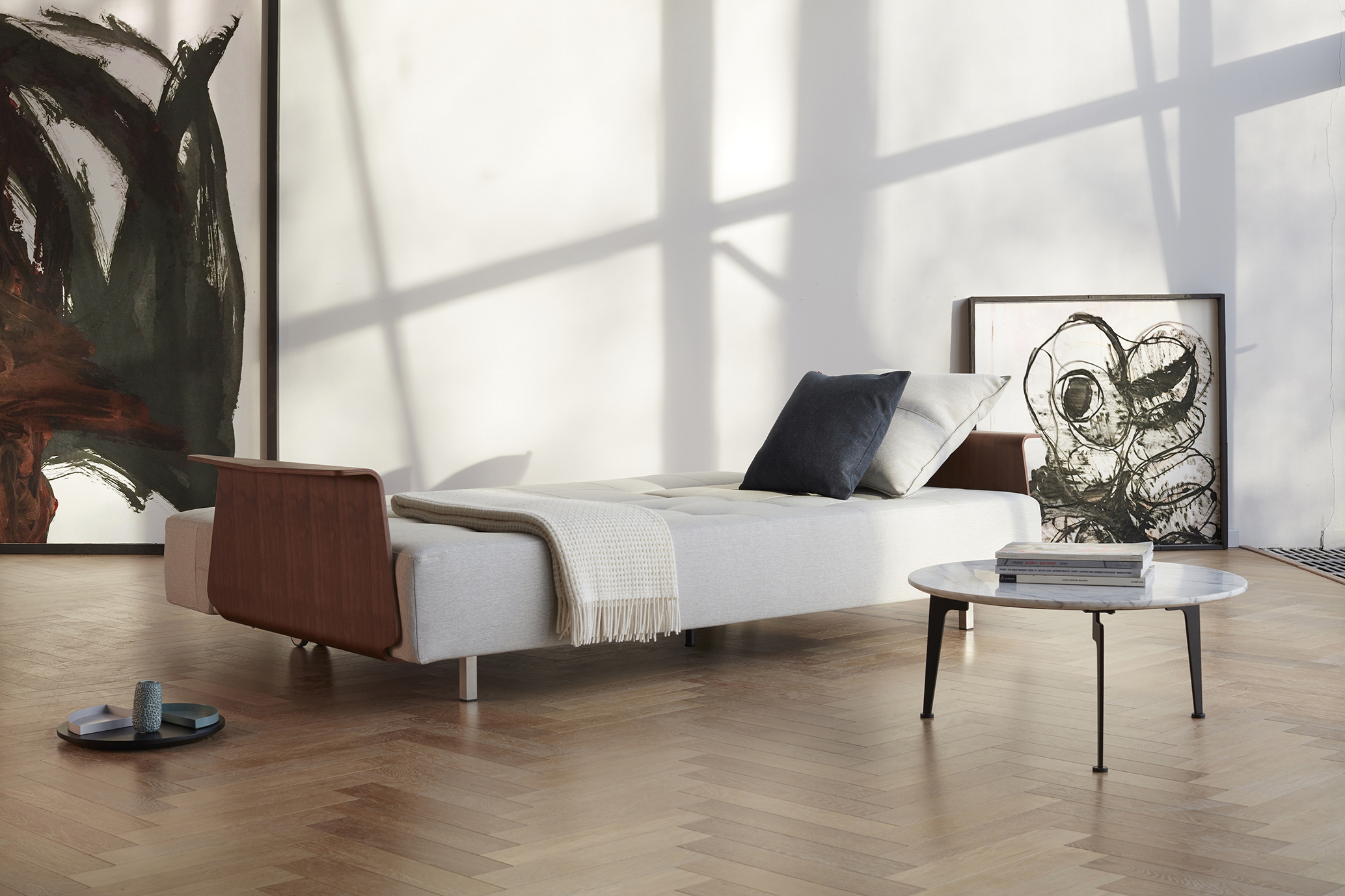Long-horn-sofa-bed-oliver-luaks-weisskrogh-2.jpg