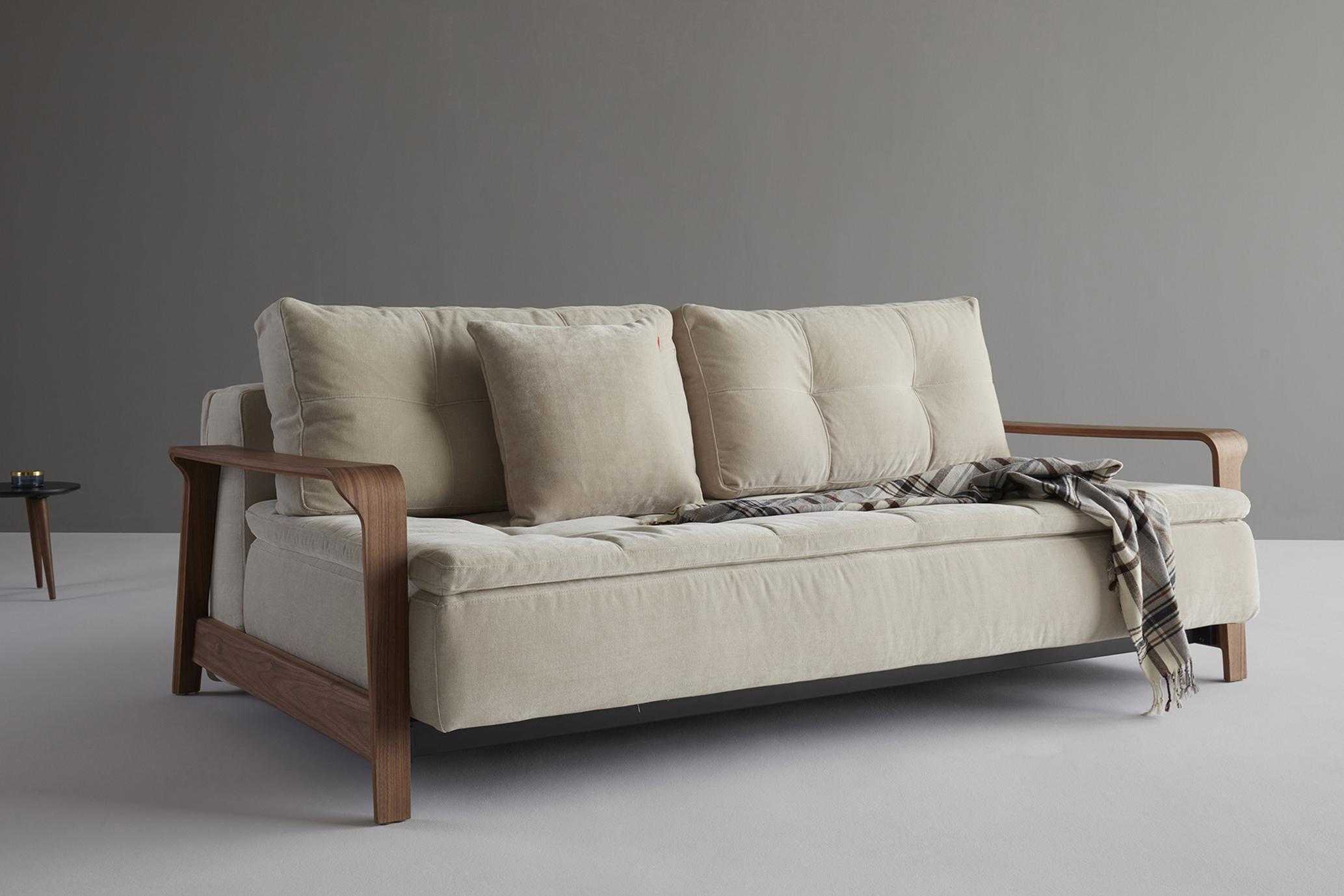 Ran-sofa-oliver-lukas-weisskrogh-2.jpg