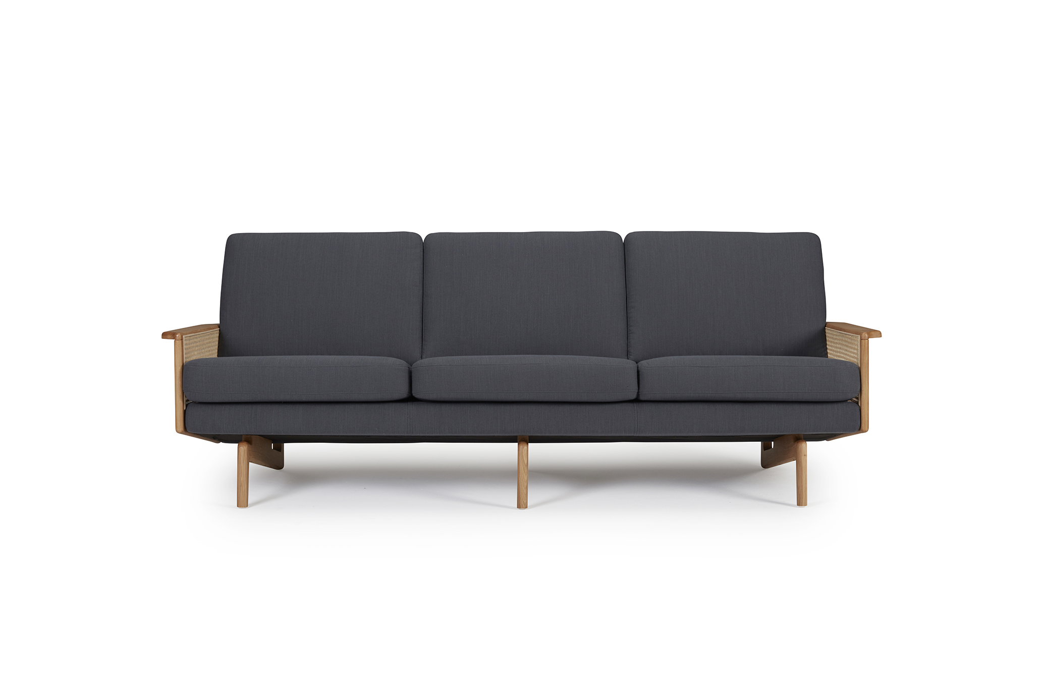 egsmark-sofa-cane-web-oliver-lukas-weisskrogh-7.jpg