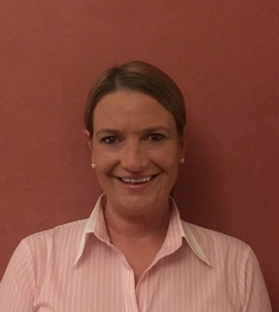 Mrs Sarah Dalgleish - Physiotherapist (Upper Limb) - To book an appointment with Sarah please call 01382 549088 or contact us.