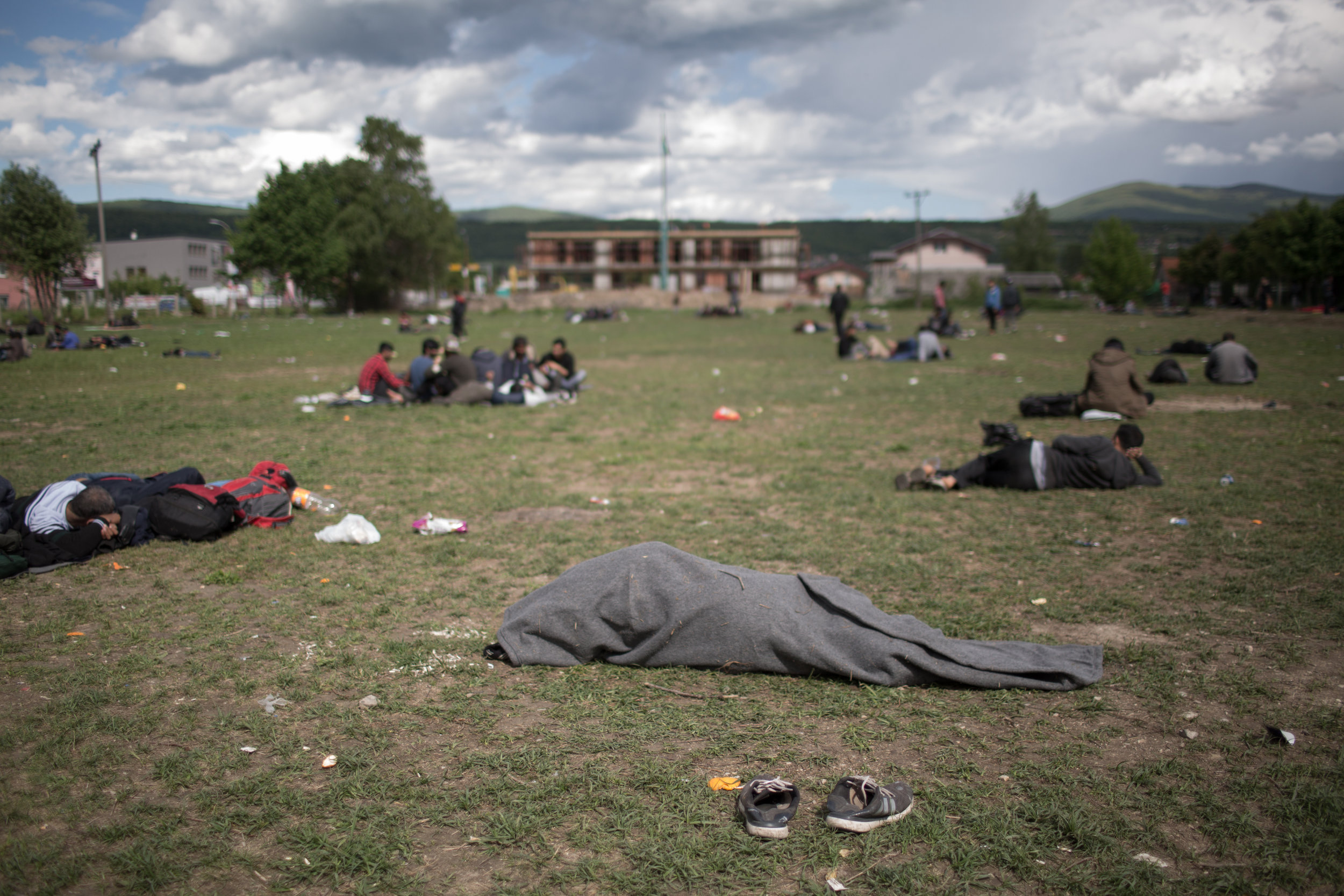 Migrants often sleep outdoors due to lack of the place in the migrant centres.