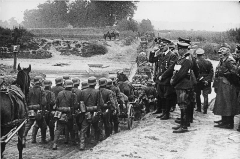 Nemška invazija na Poljsko. Foto: Wikipedia/Bundesarchiv, Bild 183-S55480/CC-BY-SA 3.0