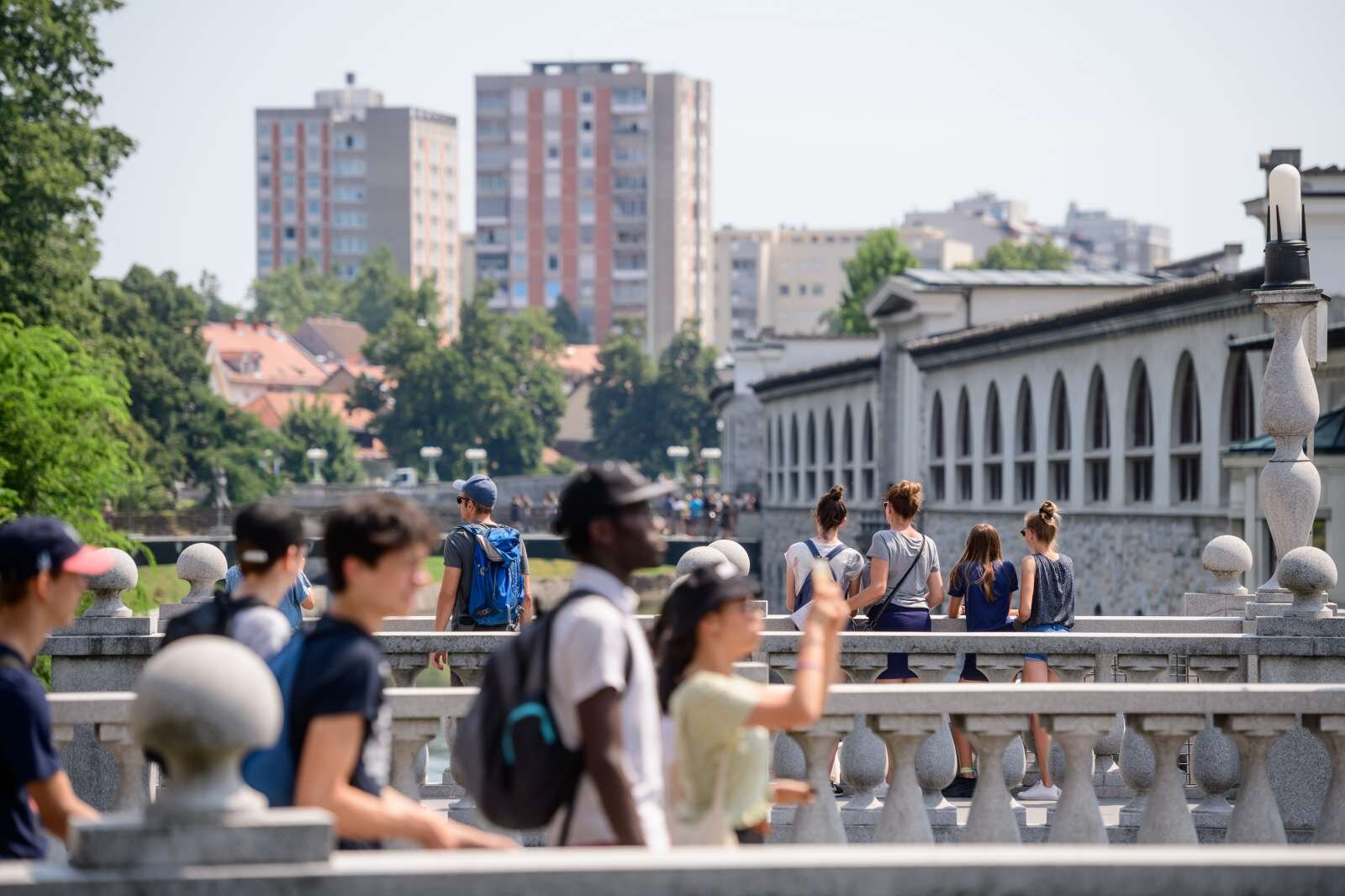 Če upoštevamo povprečni čas bivanja Američanov v Sloveniji, ugotovimo, da štiričlanska družina porabi 1.453 evrov na dan. Foto: Nebojša Tejić/STA