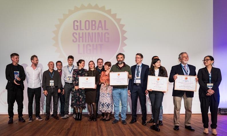 Prejemniki nagrad Global Shining Light Awards. Foto: Nick Jaussi/GIJN