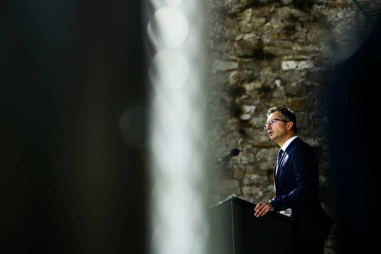 Šarčeva trditev je bila »neformalna ocena predsednika vlade, ki temelji na preteklih pogovorih z njegovimi kolegi«. Foto: Stanko Gruden/STA