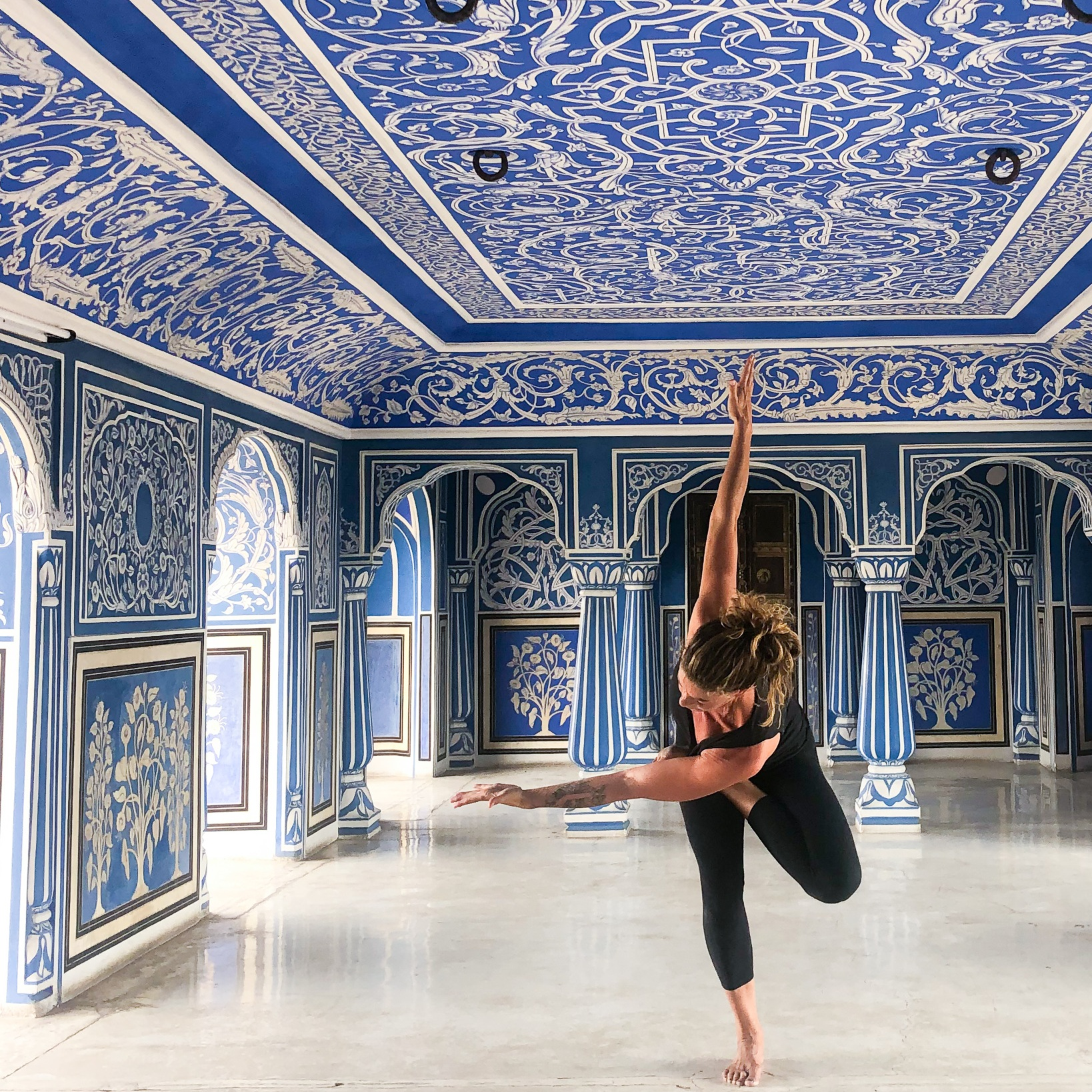 thepalace_jaipur_blueroom_yoga