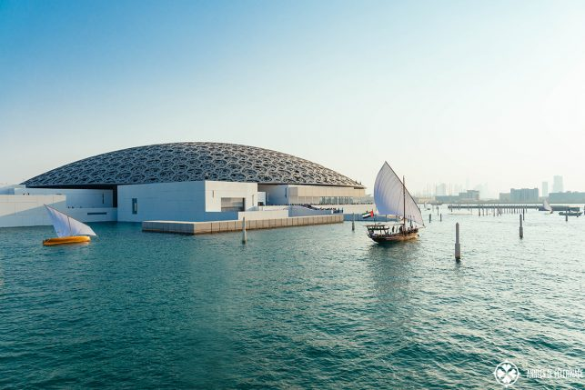 new-louvre-abu-dhabi-with-ships-643x429.jpg