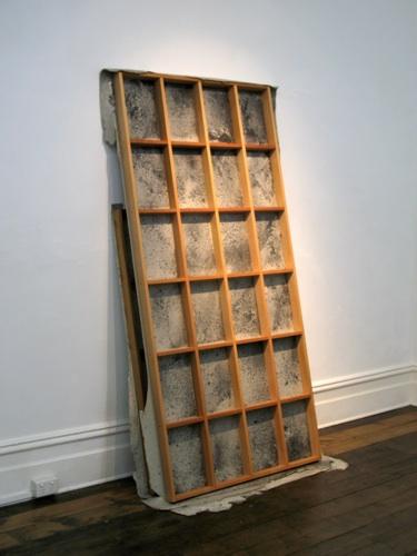 l eaning objects ; 2 panels: cedar, polyurethane, wood ash, shellac, polymer medium; 139 x 65 x 99.5 cm; 208 x 65 x 99.5 cm