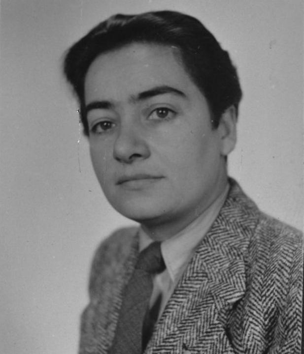 Pasfoto van Frieda Belinfante uit 1943, afkomstig uit het Amsterdamse politiearchief,  Collectie Stadsarchief Amsterdam.
