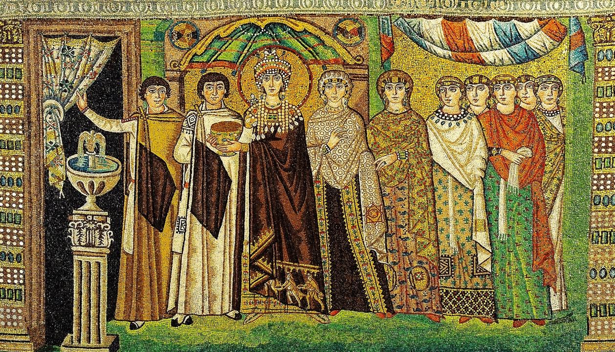 Het volledige mozaïek van keizerin Theodora uit het koor van San Vitale in Ravenna, circa 547 na Christus. foto: Petar Milošević.