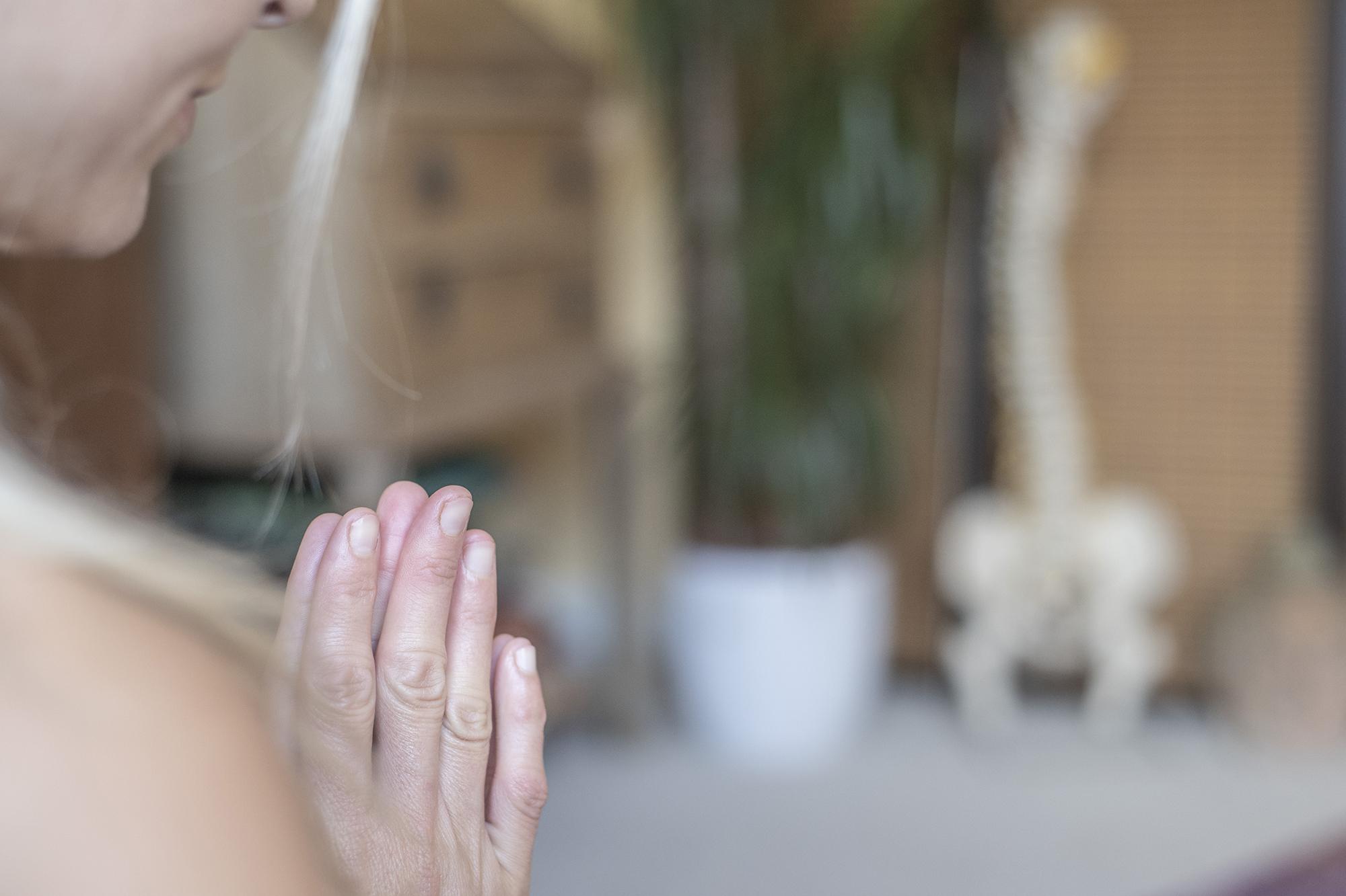 Sarah-thai-massage5.jpg