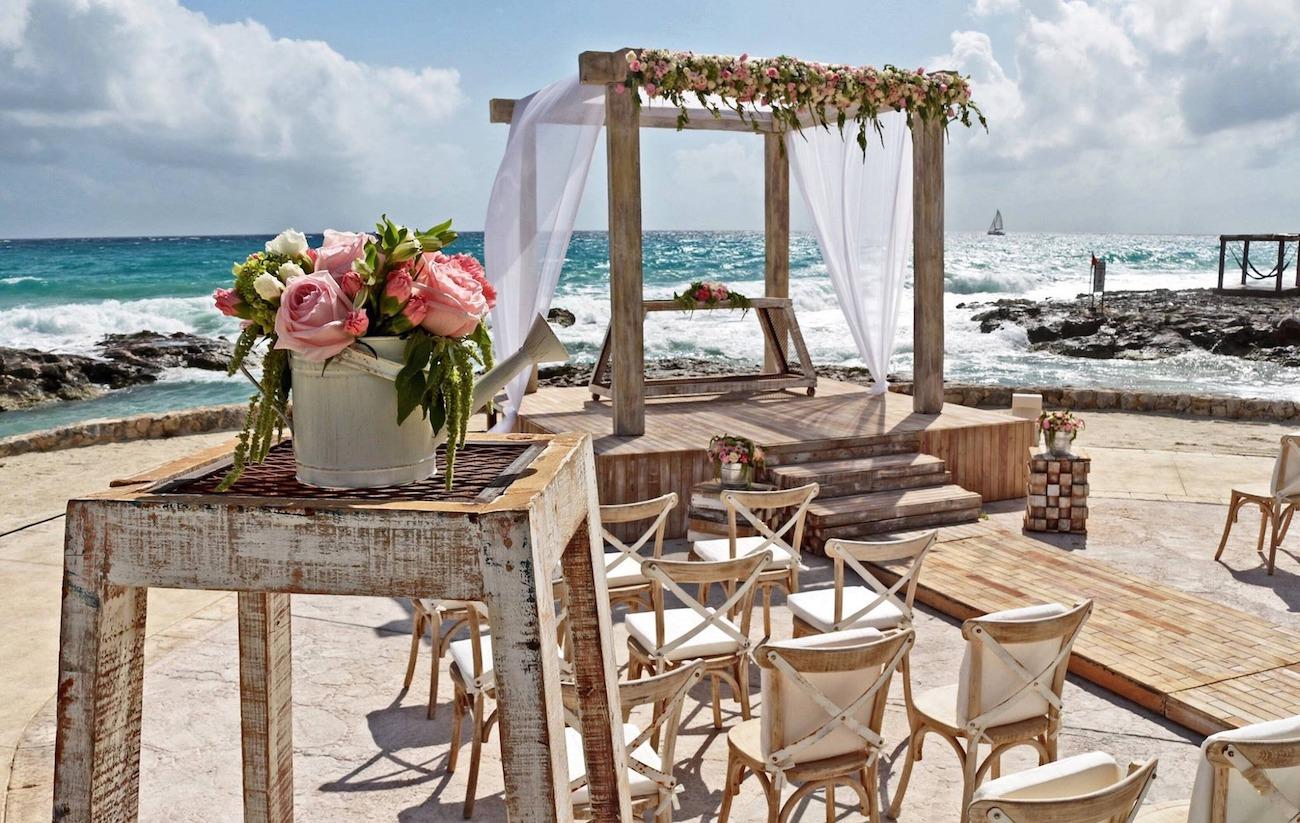 Mexico-Wedding Arch_2673734_1920.jpg