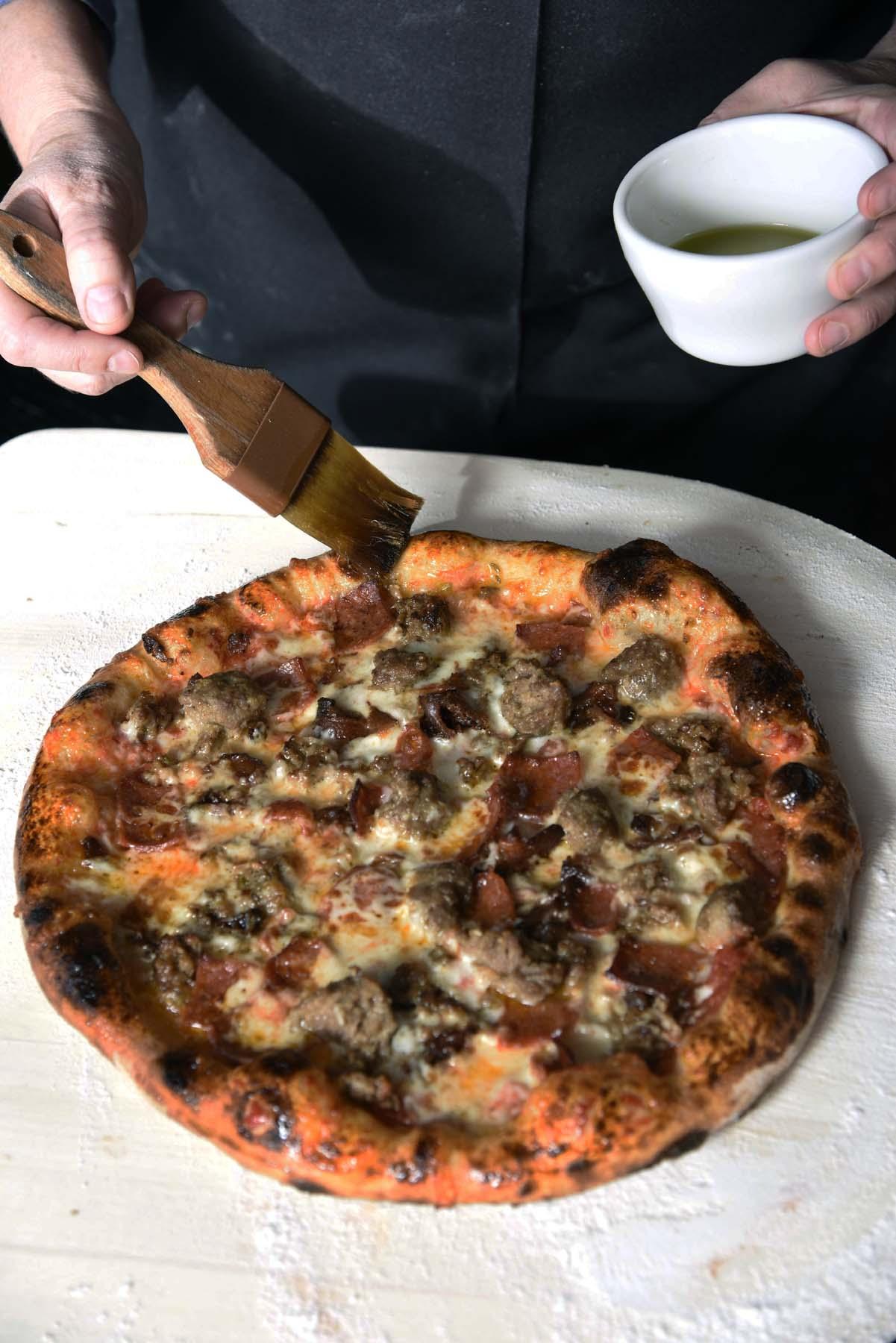Coals-Artisan-Pizza-Louisville05.jpg