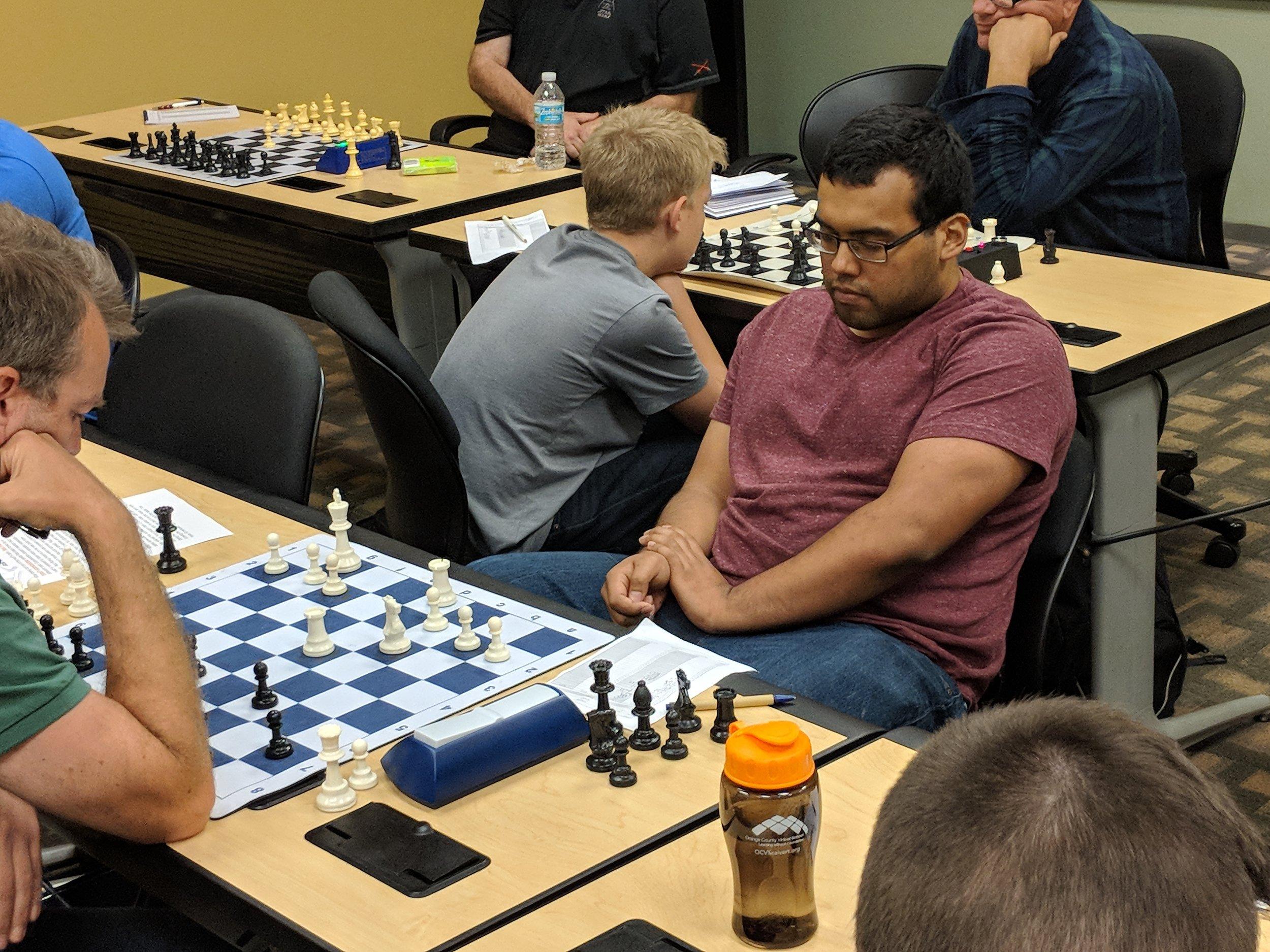 NM Makaio Krienke (2187, right) vs. Freddy Hestholm (1200, FIDE)
