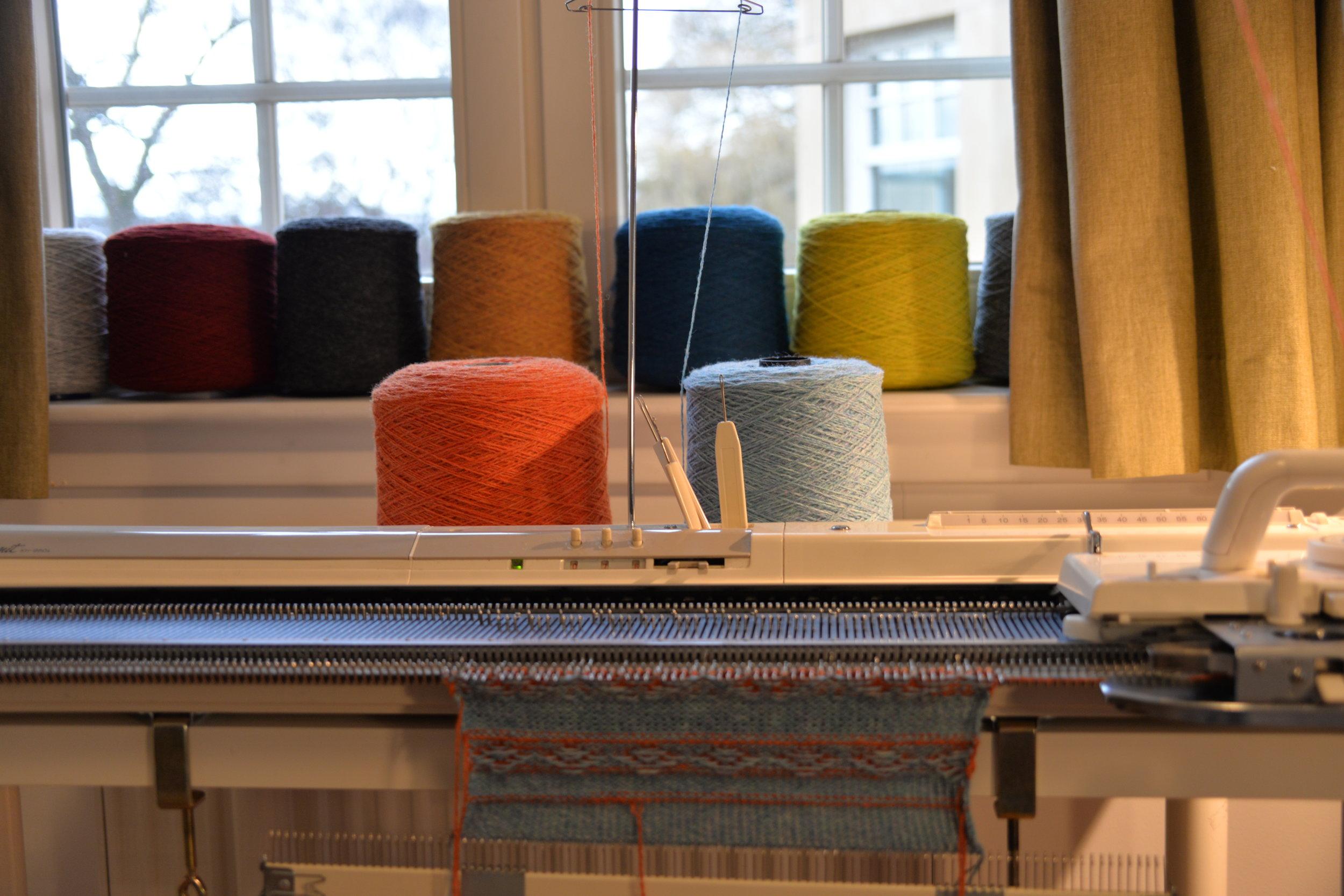 Knitting Machine_00011.JPG
