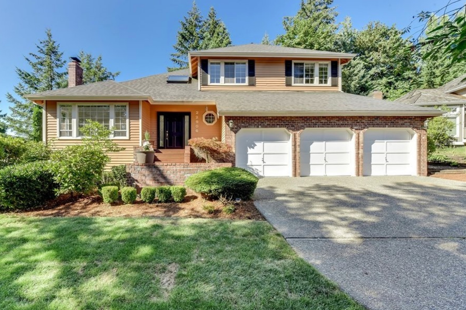 22906 NE 15TH PLACESAMMAMISH, WA 98074 - Sold: $900,000 | 2,370 Sq Ft Home, 8,622 Sq Ft Lot