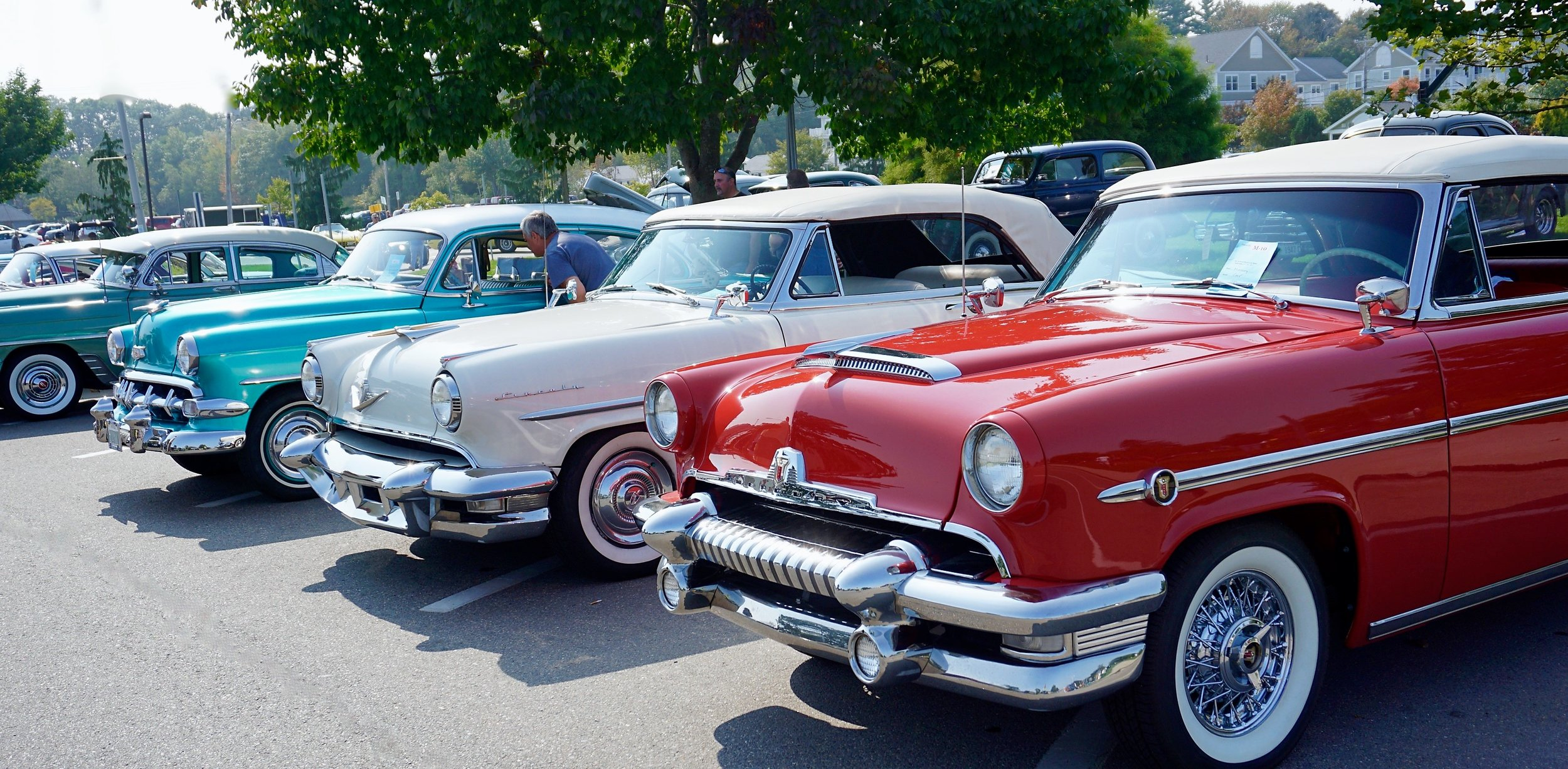 4PM - 6PM: Vintage Car Show - Village Chapel. Cruise in and have fun! Also enjoy live Gospel by Worship Pastor Tony Eads and The Pulaski Church of God during the car show and a cookout! -