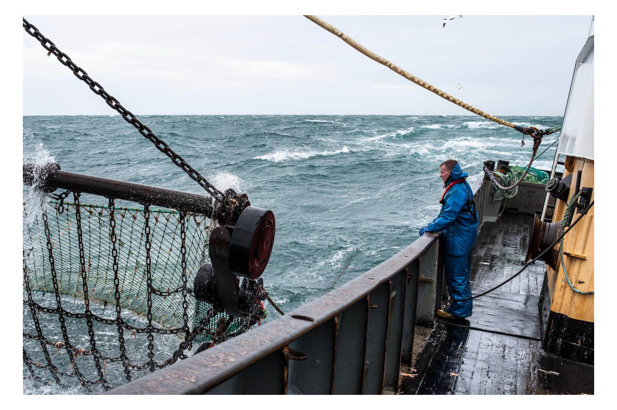waterdance_beam_trawlers_3.jpg