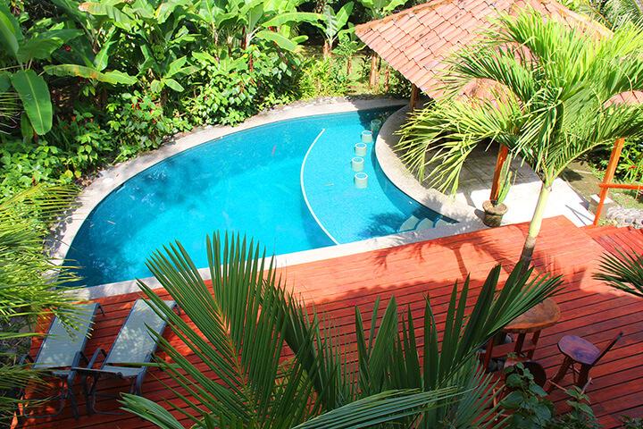 pool-surfing-costa-rica.jpg
