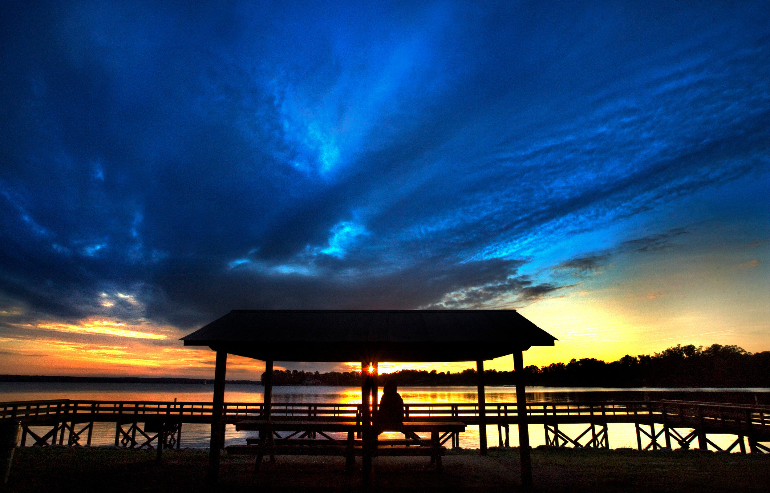 Lake Murray  is a scenic place worth checking out. Rent sailboats, go to public beaches, or watch the sunset from Lake Murray Dam. FREE.  Photo credit: Capital City/Lake Murray Country