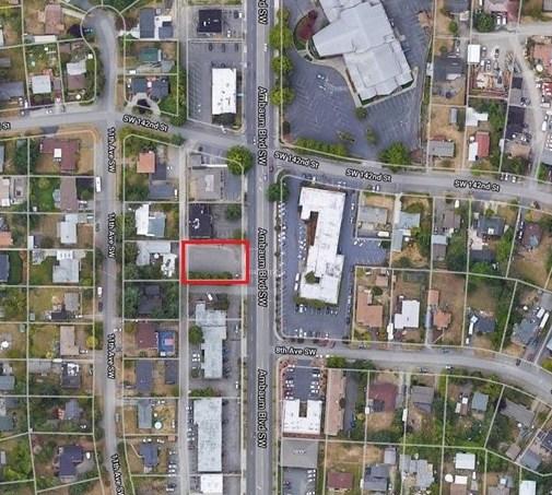 14221 Ambaum Blvd SW, Burien, WA 98166 9.jpg